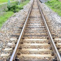 【路線に転落】東武伊勢崎線 館林駅で人が路線に転落する事故発生!「やばい!線路に人が落ちた!」