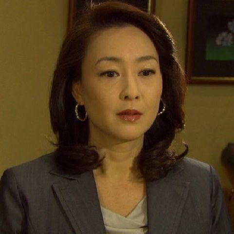 女性も憧れの正統派美人、独身ベテラン女優の床嶋佳子さんまとめのカテゴリ一覧まとめまとめについて関連サイト一覧