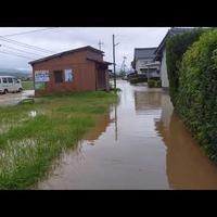 【動画】記録的豪雨で島根県出雲市で線路と道路が冠水!「直しても直しても…ホントやり切れない…」