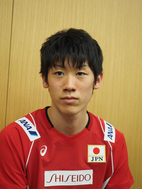 真剣な表情の石川選手。