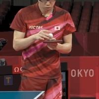 【動画】東京五輪 卓球混合ダブルス 水谷、伊藤ペア「ボールに息吹きかけ」「台で手をふいた」ルール違反疑惑!「チャイニーズが水谷が球に息吹きかけた、ルール違反だとか言ってるけどお前らの応援団のほうがよっぽどルール違反だから安心しろ」