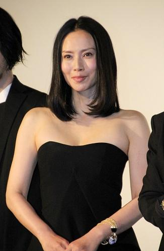 個性派女優の中谷美紀さんは和服姿での好演が大評判。まとめのカテゴリ一覧まとめまとめについて関連サイト一覧