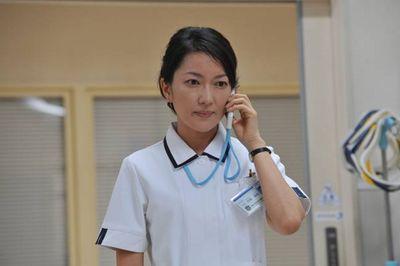 看護師姿の羽田美智子