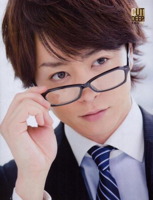 櫻井翔メガネをはずす