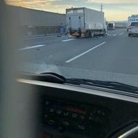 【交通事故】近畿道 摂津北IC付近で多重事故発生!「豆腐屋さんの軽トラが半分くらいまでぺしゃんこ、1時間上動いてない」
