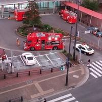【人身事故】鹿児島本線 箱崎駅で人身事故「 快速に飛び込むなんて、、、 箱崎で人身事故。」