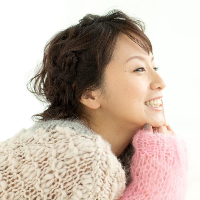 ガーリーな鈴木亜美