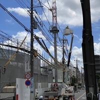 【停電】埼玉県 浦和駅周辺一帯が停電発生! 工事現場のクレーンが電線を引っ掛けたか?「冷蔵、冷凍の物全滅やな。 コンビニも停電してるし買い物も出来やしない。マジでクソ。」