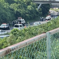 【飛び降り自殺か】郡山市久留米付近の国道4号で警察集結し橋の上にパトカー 渋滞発生!「なんかバイト中パトカーとか救急車の音くっそうるせえなと思ってたらそこそこヤバそうな事故が起きてたみたい」